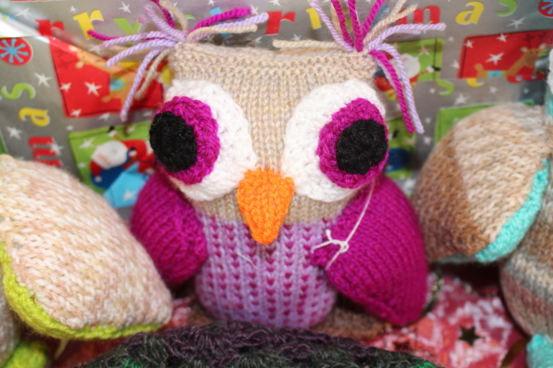 A knitted Owl